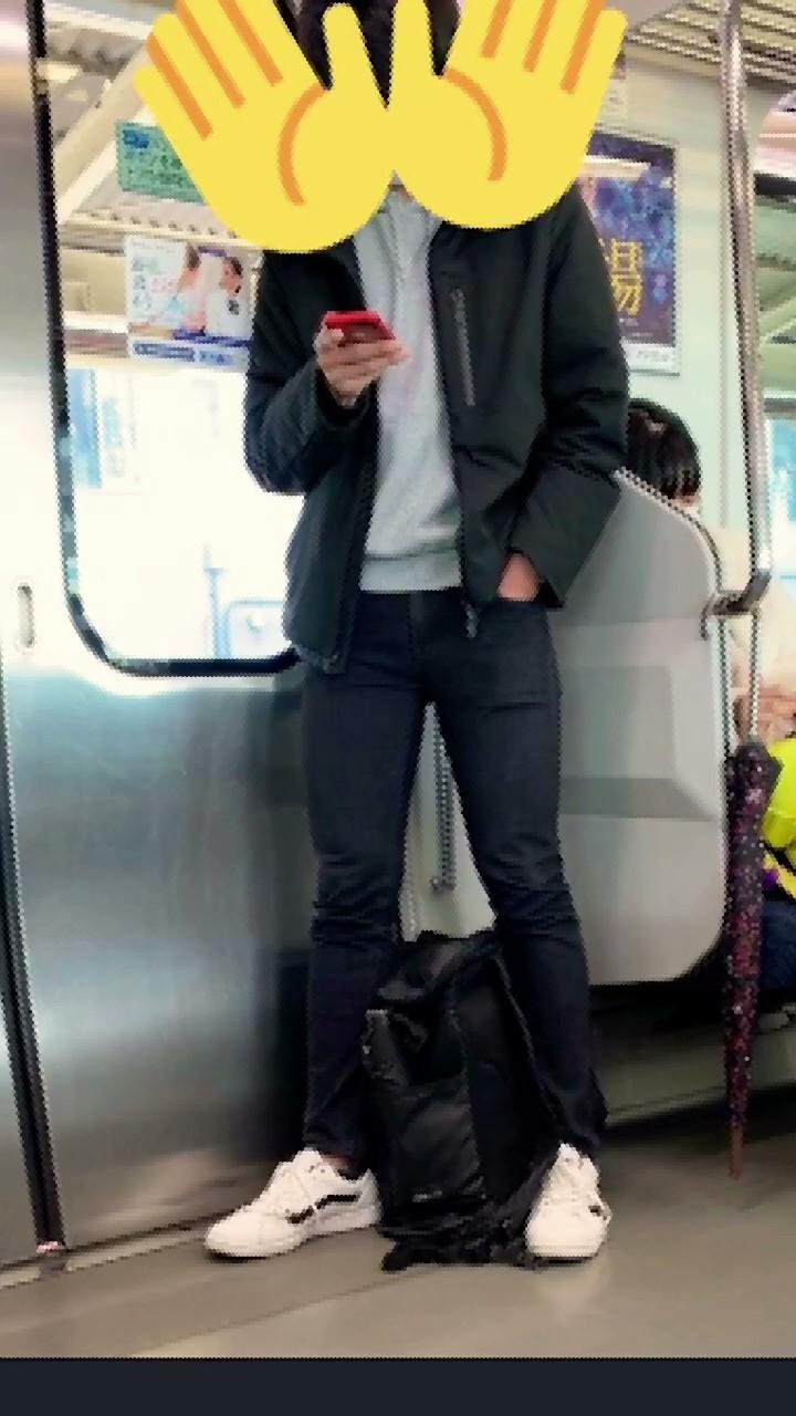 【個人撮影♡】電車にいた20歳の男子大学生が自宅で大量射精…♡オンライン授業中に我慢できずに…♡【週14回オナ…♡】